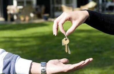 Trouver un hébergement sans rien dépenser : comment faire ?